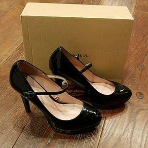 Zara High Heel Patent Leather Maryjanes Size 39